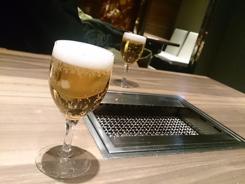 調布「焼肉 徳」ランチビール200円