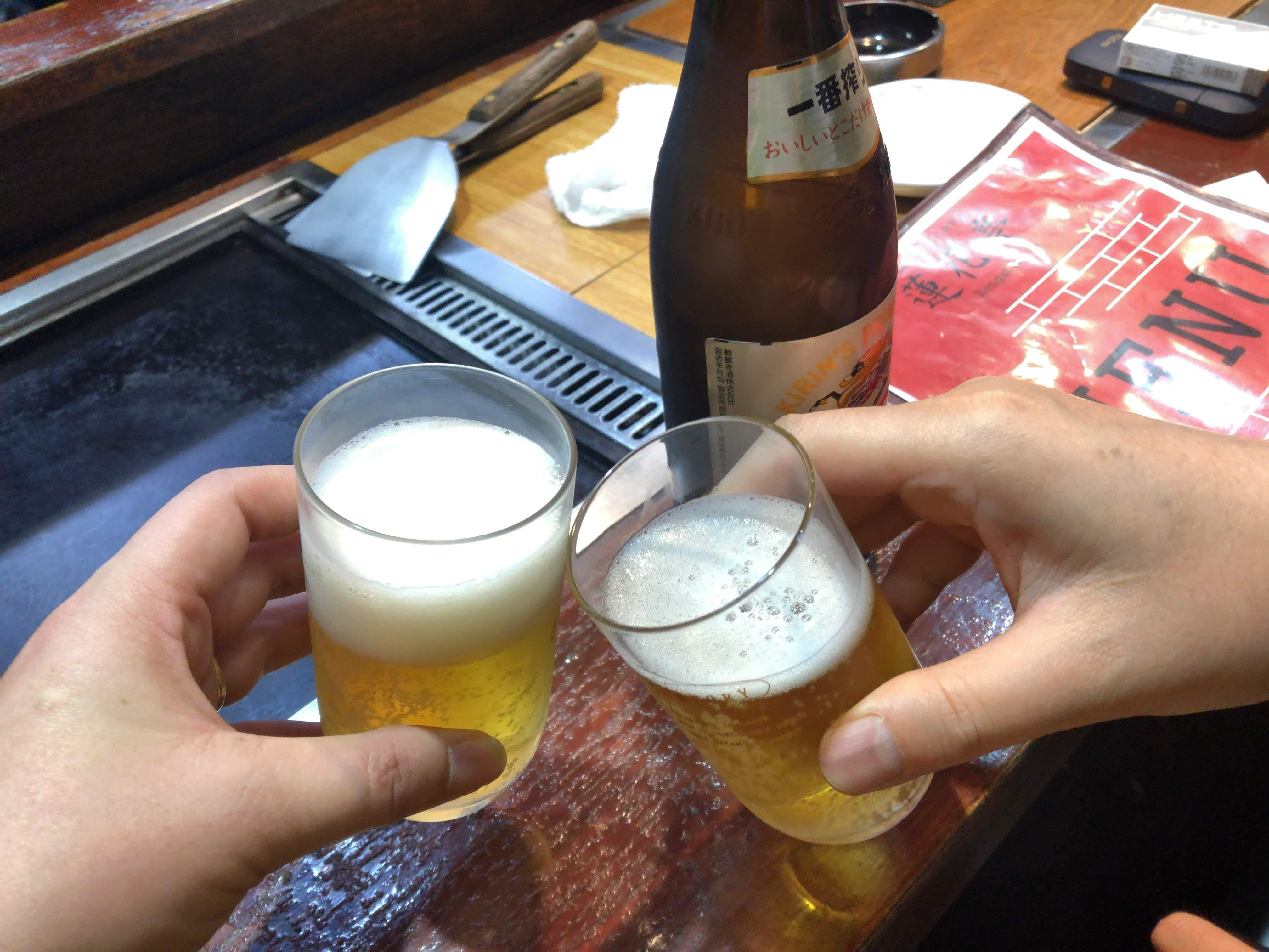 仙川「蓮花亭」瓶ビールで乾杯