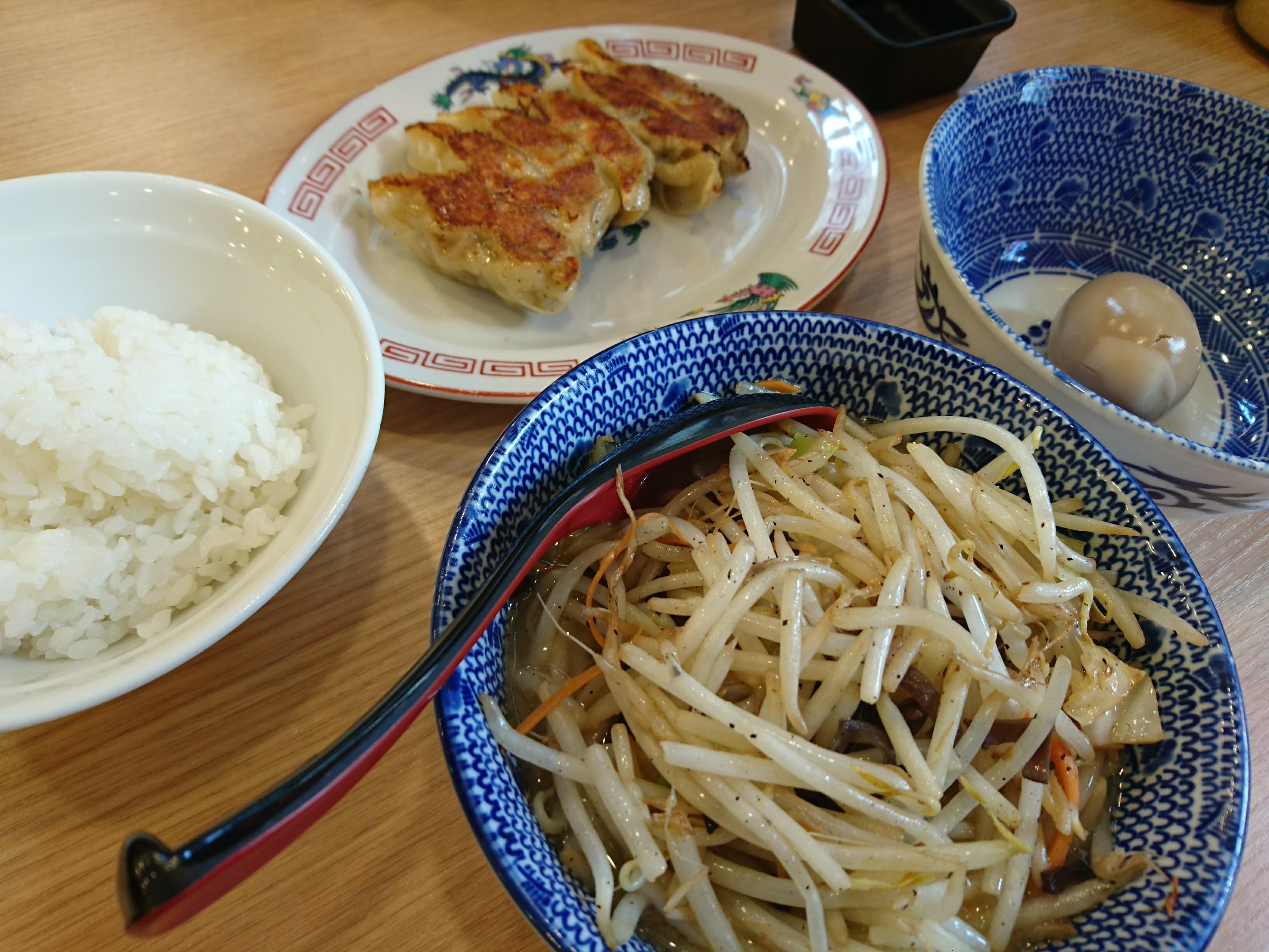 調布「大勝軒半タンメン餃子味たまライス」