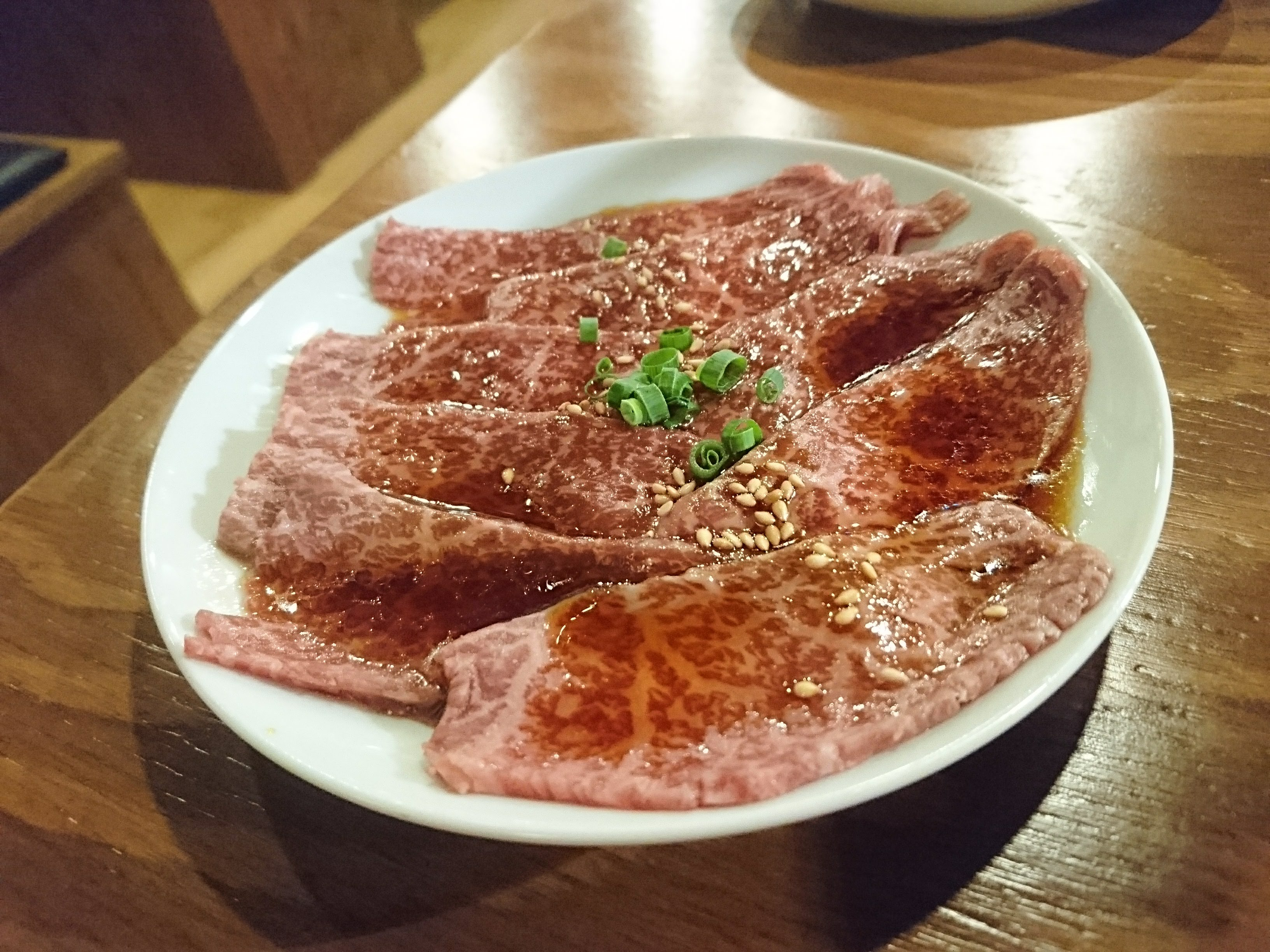 調布「焼肉 SHUN(シュン)」ロース 980円