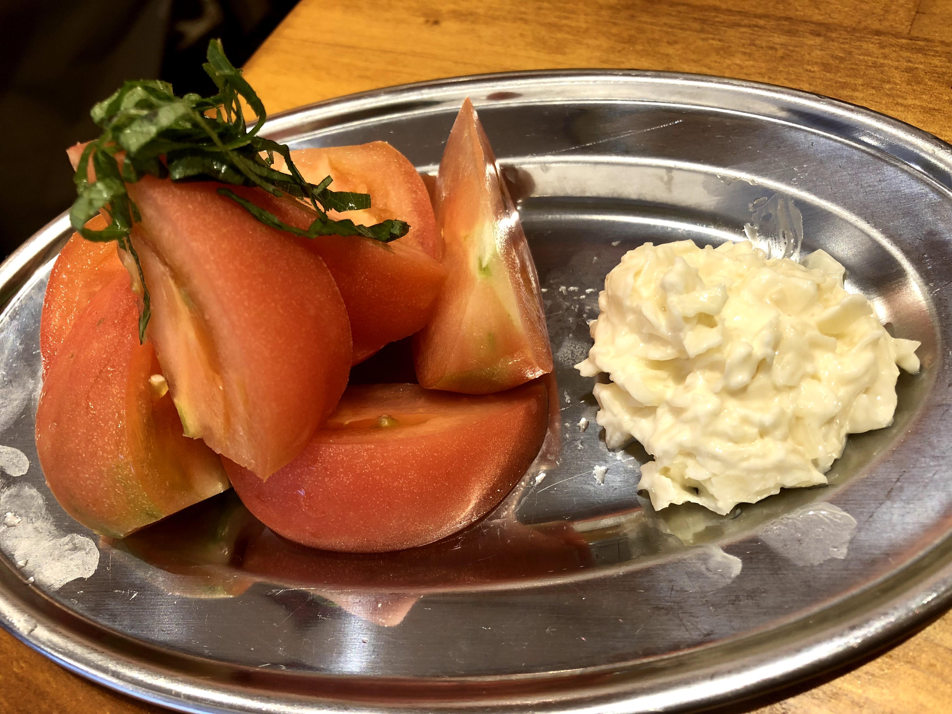 調布「いろ葉」冷やしトマト ガリマヨ添え