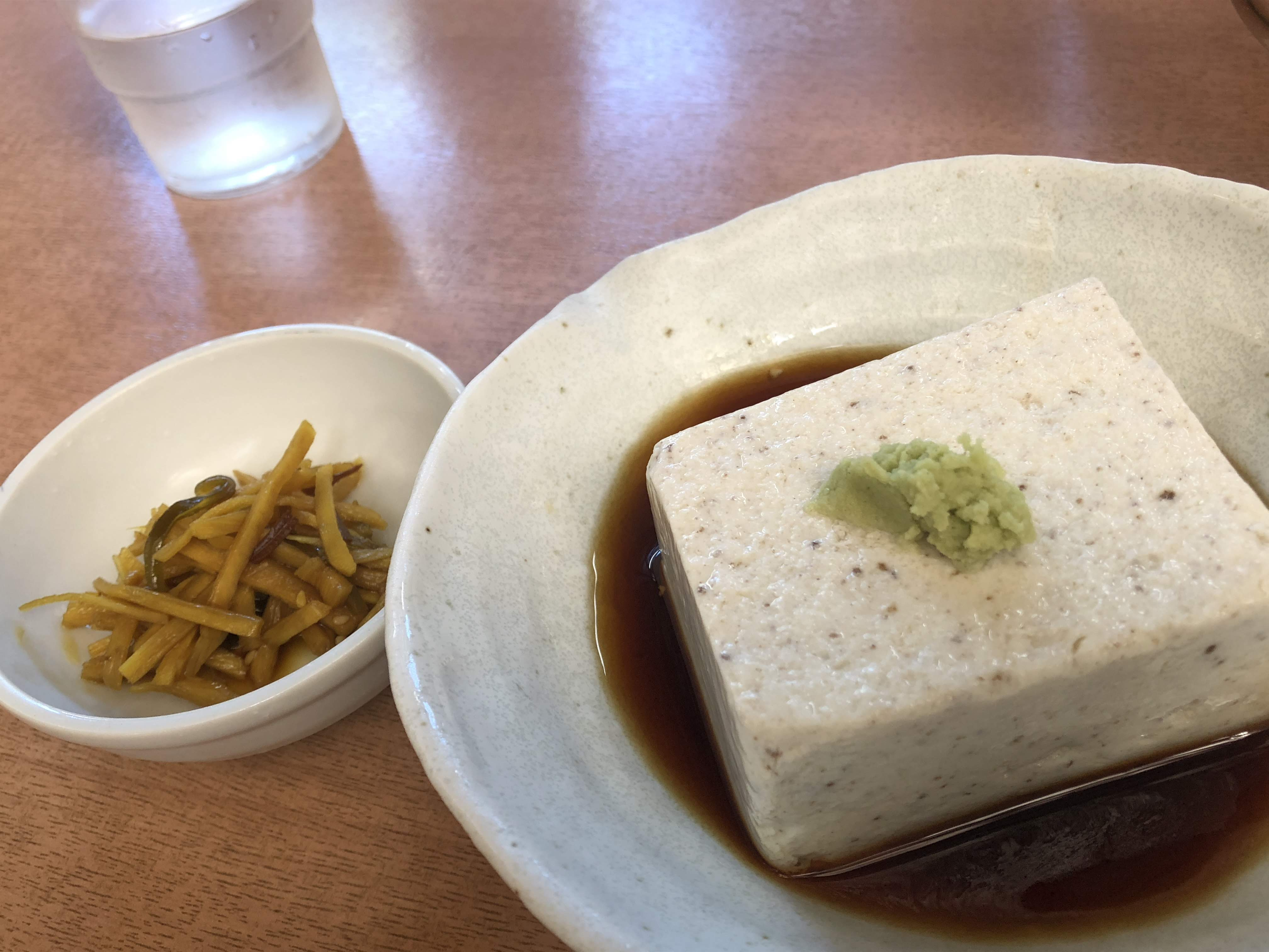 調布「深大寺」鈴やの蕎麦豆腐とお通し