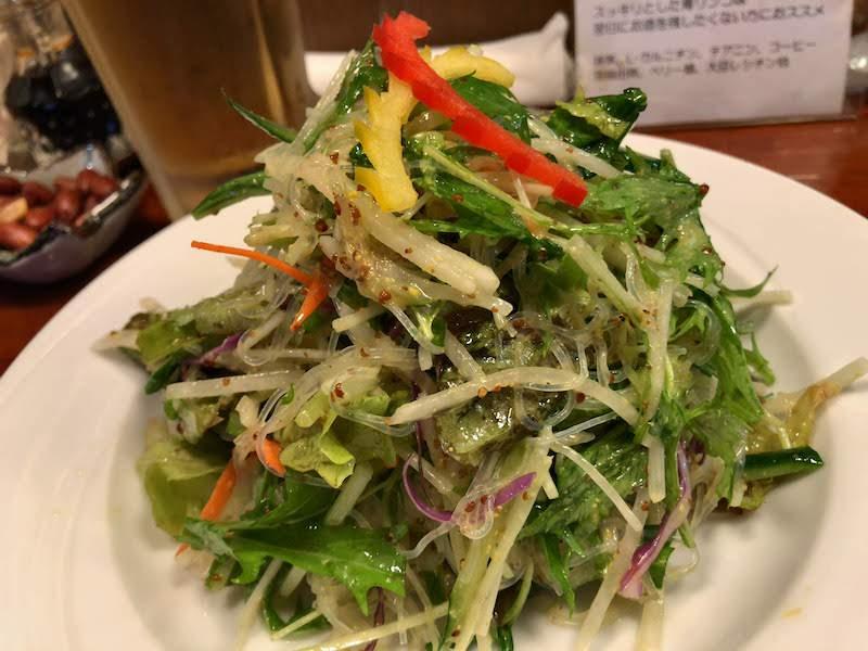 国領「麺飯坊 無双(めんはんぼう むそう)」春雨とシャキシャキ野菜のマスタードサラダ