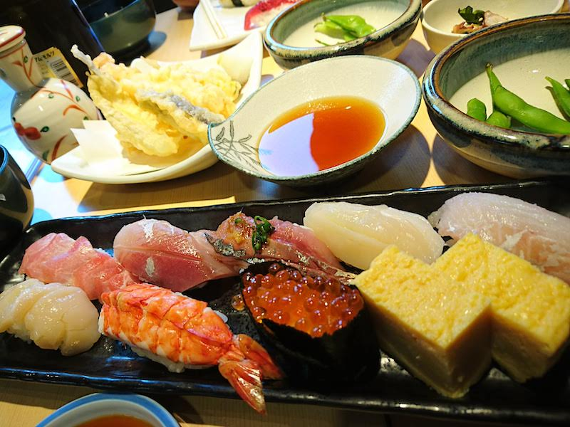 調布寿司祭り「大漁旗」ランチセット(にぎり)