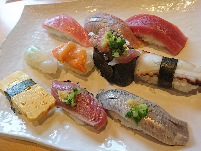 調布寿司祭り「大漁旗」ランチにぎり10貫
