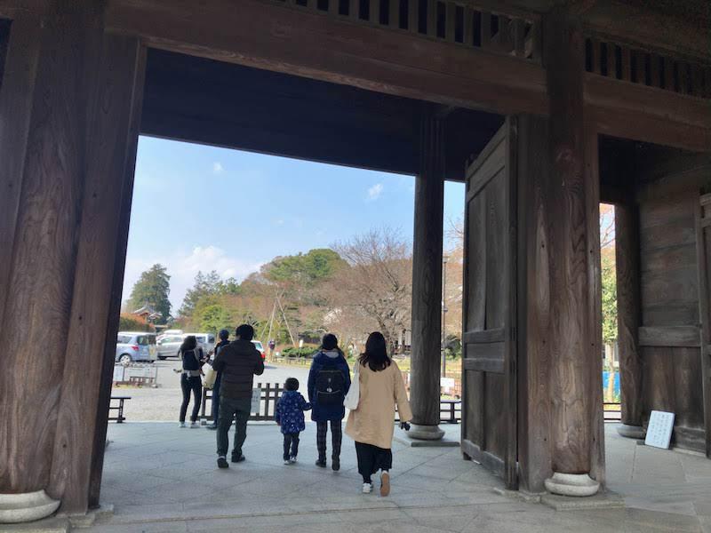 多磨霊園「東郷寺」山門