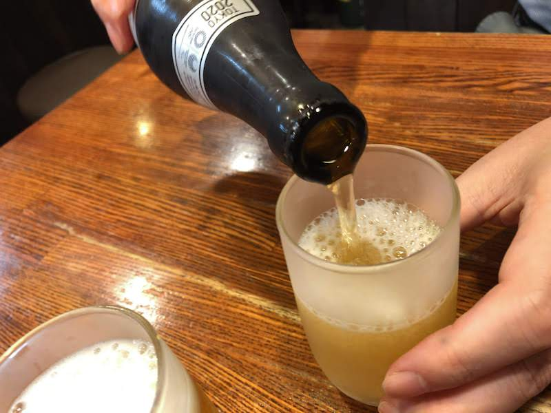 調布「助格家」瓶ビールで乾杯
