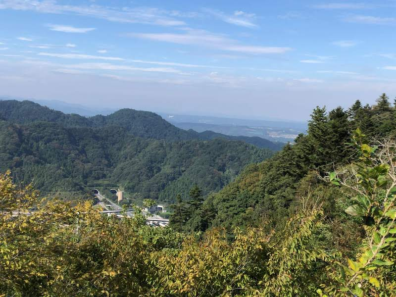 高尾山「1号路 登山」市街地の展望